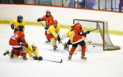 Naše hokejašice ubedljive u duelima sa Lavicama
