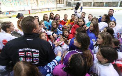 Praznik ženskog hokeja u Novom Sadu